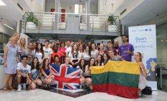 Una treintena de jóvenes europeos desarrollan en Quart un plan de prevención de violencia machista