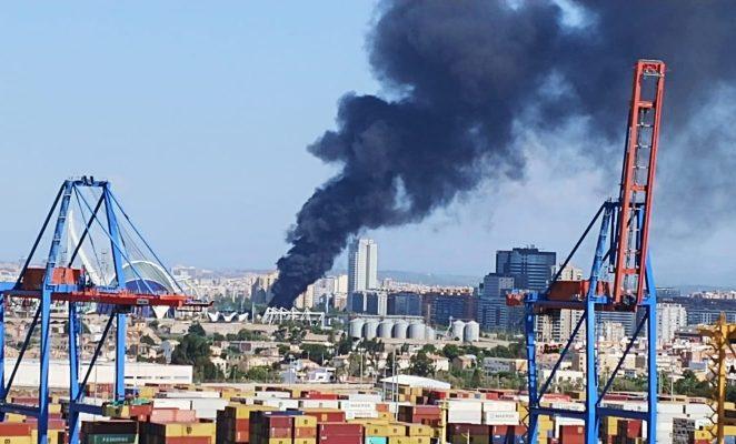 incendio-oceanogràfic-valencia-2