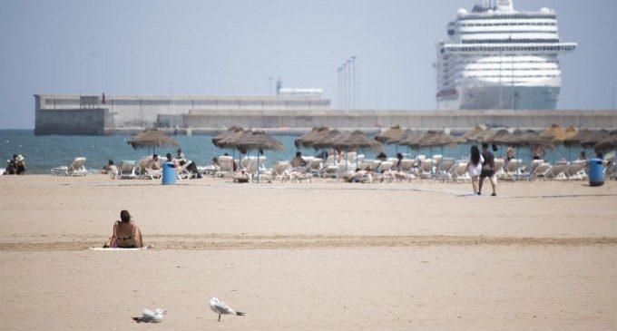 Tancades al bany les platges de la Malva-rosa i de la Devesa per alts nivells de bacteris