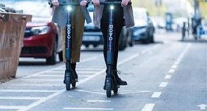 Els patinets podran ser sancionats, a partir de hui, per incomplir l'Ordenança de Mobilitat