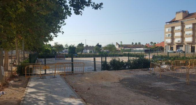 Nova zona de socialització per a gossos a Castellar