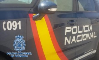 Detinguda una dona a Gandia després de tirar de casa a les seues filles de 13 i 14 anys