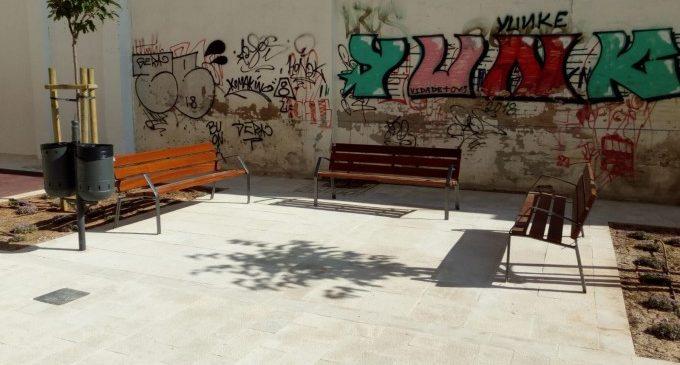 L'Ajuntament de València col·locarà 28 bancs en el districte d'Extramurs