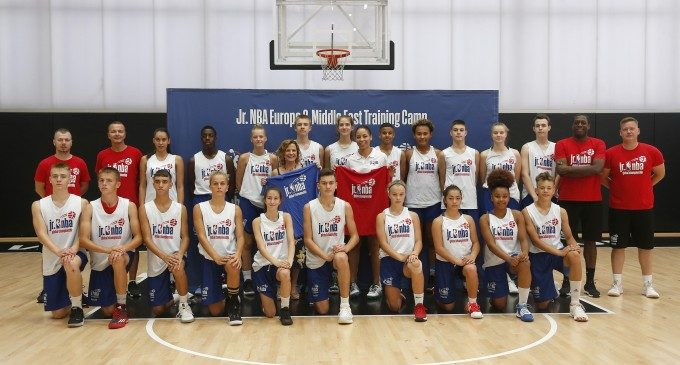 La NBA elige València para preparar a las jóvenes promesas