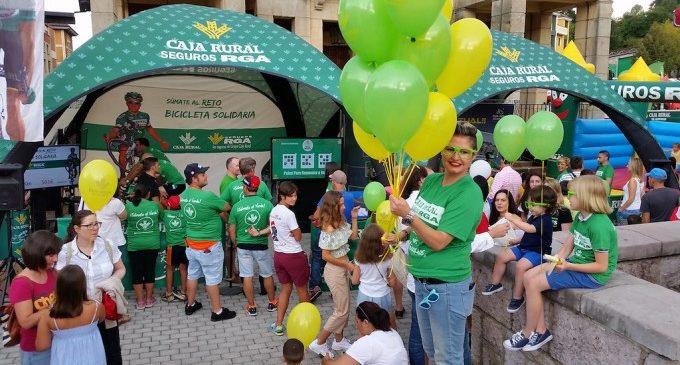 Vive de cerca La Vuelta a España en la fan zone solidaria del equipo Caja Rural-Seguros RGA