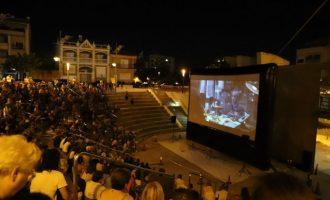 El Cine de Verano de Paterna reúne a más de 2.200 vecinos