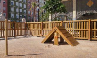 Des de 2015, l'Ajuntament de València ha instalat 19 àrees de socialització canina
