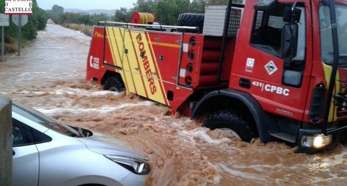 Diverses persones rescatades a Benicarló i Peníscola a causa de les pluges