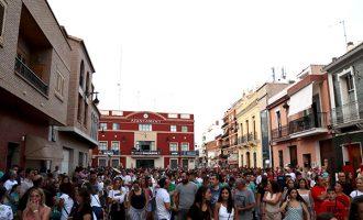 El particular txipinado i inici de festes de Rafelbunyol reuneix a centenars de persones