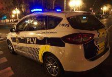 Policia Local de València denuncia a set persones que celebraven una festa en un domicili del Marítim