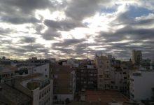 L'onada de calor dóna pas a una baixada de termòmetres i a ruixats amb tempesta en el nord de la Comunitat Valenciana