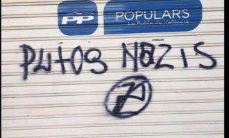 """El PP denuncia pintades amb la paraula """"nazis"""" en la seua seu de la Pobla de Vallbona"""