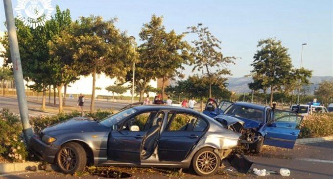 Nueve heridos y cuatro conductores investigados en dos accidentes en el mismo punto en Castelló