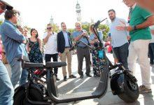 La plaça de l'Ajuntament de València celebra la Setmana de la Mobilitat amb una fira, acrobàcies i un homenatge a Queen