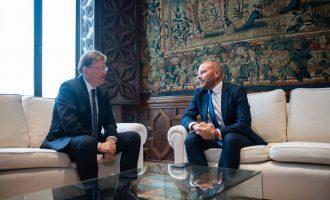 Puig i Gaspar acorden triplicar la col·laboració entre Generalitat i Diputació