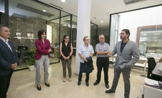 Gestión Tributaria de Gandia recibe al diputado de Hacienda e Innovación Vicent Mascarell