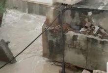 Una nueva rotura en la mota del Segura en Almoradí provoca la salida de aguas y obliga a evacuar Heredades