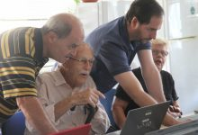Més de 40 persones majors participen en els tallers d'Algirós