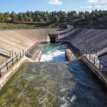 """L'aigua pujarà en la majoria de les cases menys de 1,29€, no """"una mitjana del 105%"""" com diu el PP"""