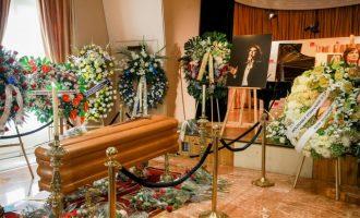 El Govern distingeix a títol pòstum a Camilo Sesto amb la Medalla d'Or al Mèrit en les Belles arts 2019