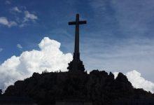 """El Suprem aprecia la """"urgència"""" per exhumar Franco i afirma que l'obra per a traure'l del Valle no precisa llicència"""