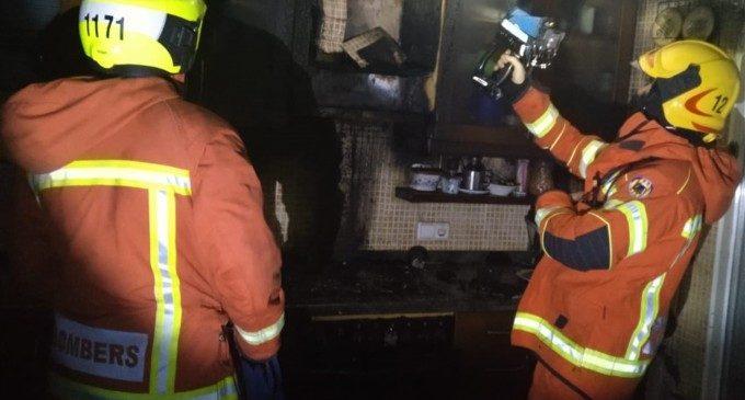 Una mare de 77 anys i el seu fill de 43, atesos per inhalació de fum per l'incendi d'una cuina a Oliva