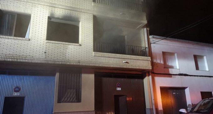Extingit un incendi en un habitatge d'Utiel originat en un ordinador