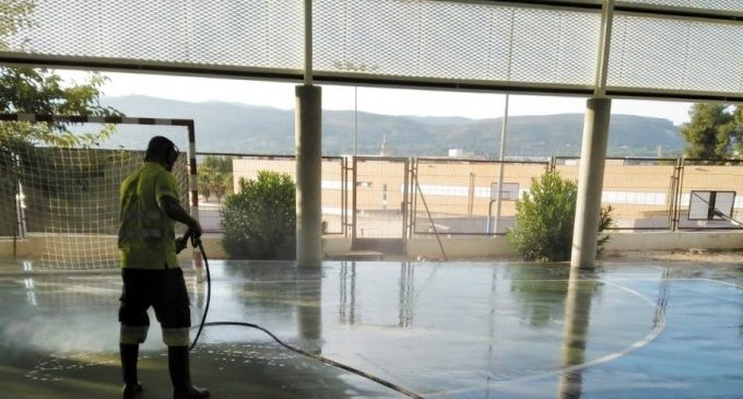 Ontinyent ja ha executat la reparació i neteja dels col·legis públics del municipi per a l'inici del curs