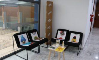 Gent Jove d'Aldaia s'uneix al Friday for Future amb un reciclatge de mobiliari