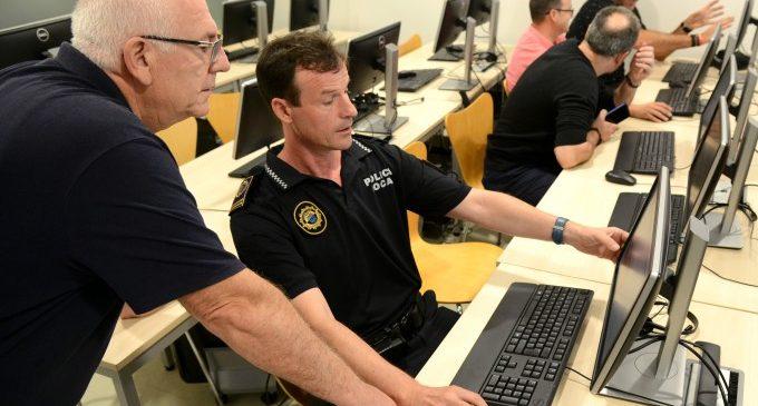 La Policia Local de Paiporta es forma en la nova versió de l'aplicació Eurocop