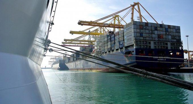 Els estibadors desconvoquen la vaga en els ports d'aquest dilluns després d'aconseguir un preacord