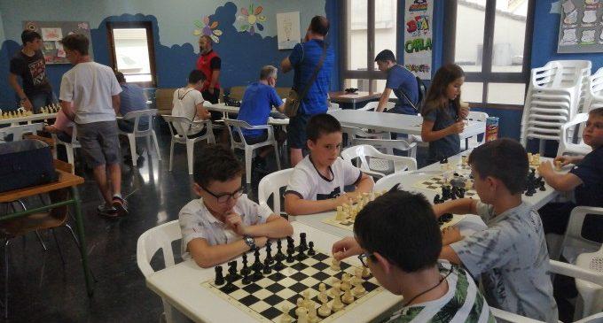 Almussafes i escacs, 19 anys de relació