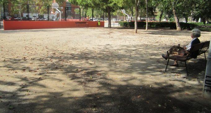 Tres noves zones de socialització per a gossos a València