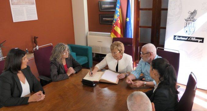 La regidora de Sanitat visita l'Ajuntament d'Alboraia i el nou Punt d'Atenció Continuada