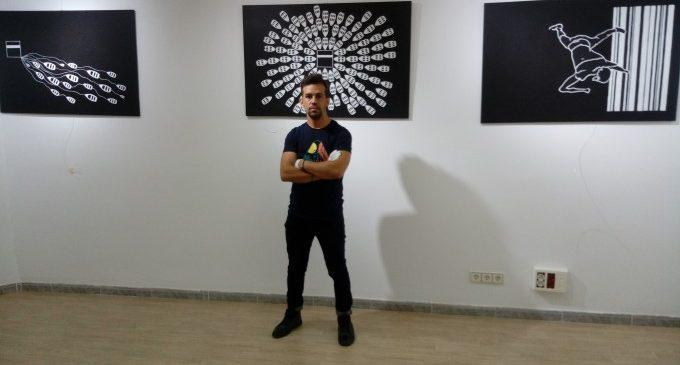 Mostra Viva exhibeix l'obra de Foued Bouatba, artista algerià que va naufragar en una pastera