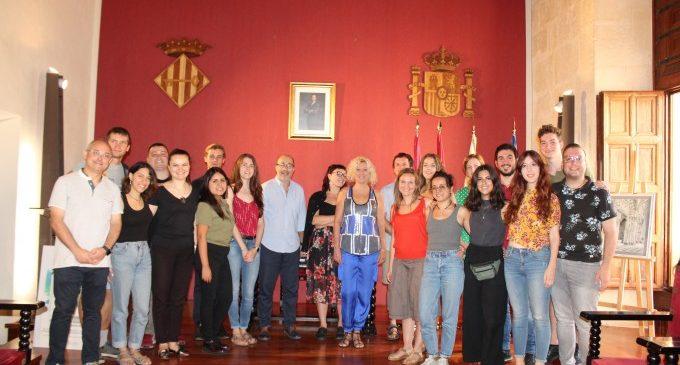 Col·laboradors europeus del Contact Seminar es reunixen a Alzira esta setmana
