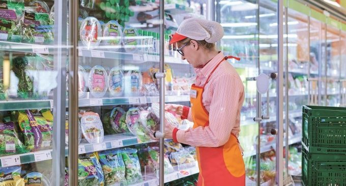 Consum gratificará con casi 300 euros de media a sus empleados en la nómina de marzo