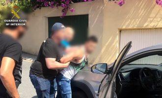 Detingut el presumpte assassí d'un home a Oriola quan conduïa el cotxe robat al mort a la Corunya