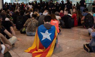 34 heridos durante la protesta en el Aeropuerto de Barcelona contra la sentencia