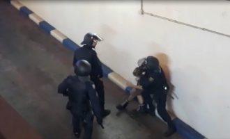 Dos detinguts i dos policies ferits en la manifestació a València contra la condemna als líders independentistes