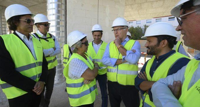 Ajuntament i GVA reprenen la construcció del poliesportiu de Nou Moles