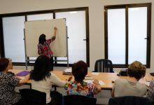 El centre de formació de persones adultes de Rafelbunyol inicia les classes