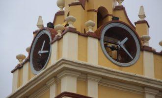 Picassent reparará el reloj del campanario de la iglesia de San Cristóbal