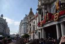 La Senyera ja recorre els carrers de València