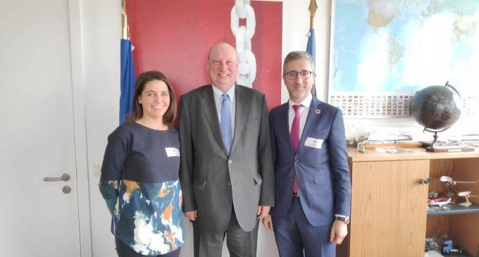 Arcadi España presenta la ampliación de la Línea 10 de Metrovalencia en Bruselas