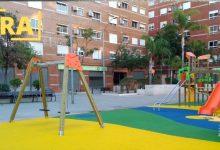 Manises finaliza las obras del parque infantil de la plaza Vicente Barberá
