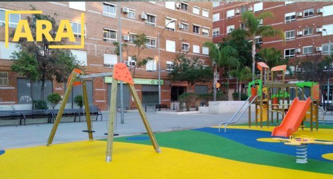 Manises finalitza les obres del parc infantil de la plaça Vicente Barberá