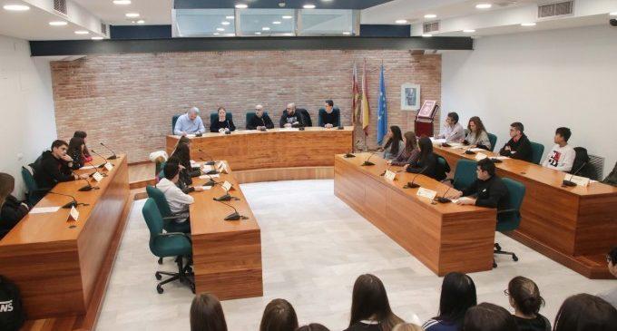 L'alumnat d'Alaquàs és partícip de la presa de decisions del municipi