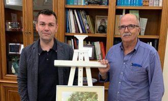 Salvador Ciges, guanyador del premi 'Horta Sud Prop de Tu', exposa la seua obra a Catarroja