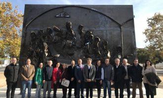 Massamagrell inaugura l'escultura de la Ruta del Greal